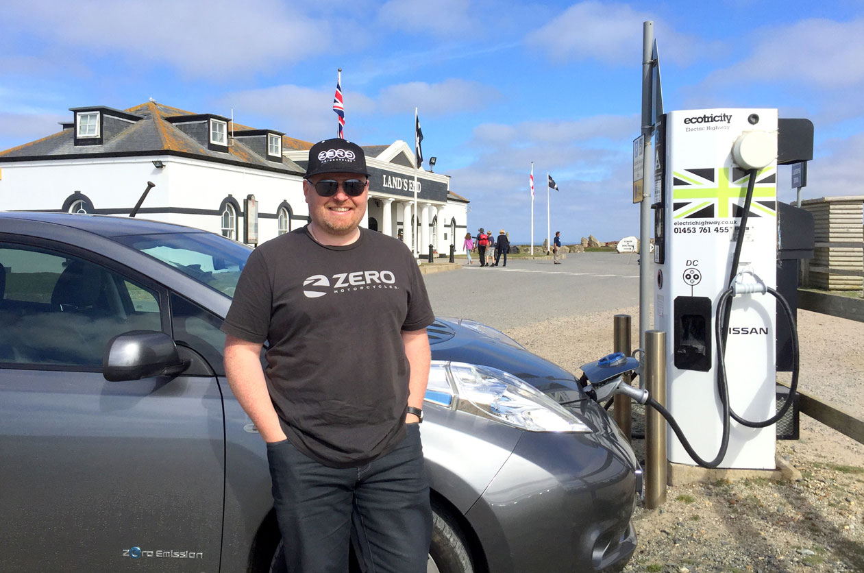 Nissan LEAF at Land's End, Cornwall, August 2016