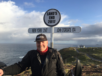 John Chivers at Land's End. Official moment of departure.