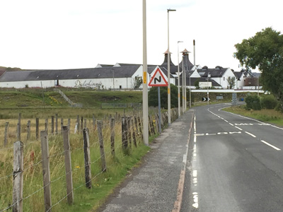 Dalwhinnie distillery from General Wade's Military Road (A889). Sadly, not the right time to pay a visit.