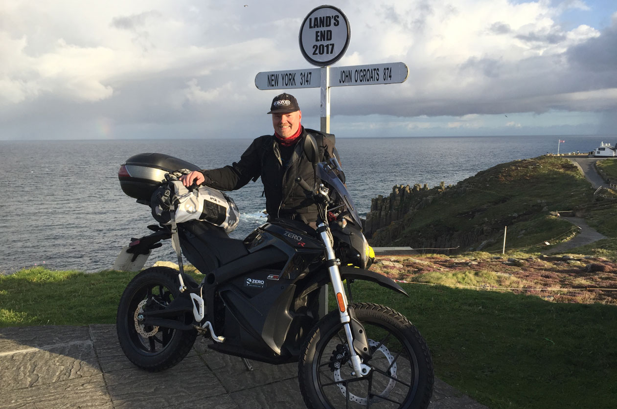 John Chivers with his Zero DSR electric motorcycle at Land's End on 18/08/2017